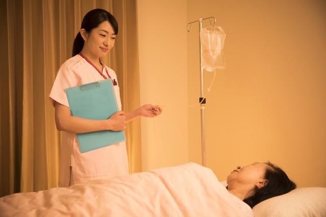 看護師、夜勤のメンタル不調を改善するには?