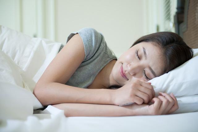 夜勤シフトの看護師必見! 日中でも熟睡できる寝室環境作り